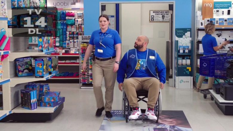 "Discovery Toys in Superstore - Season 5 Episode 1 ""Cloud 9.0"" (2019) - TV Show Product Placement"