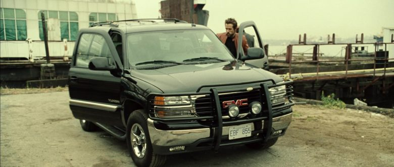 GMC Yukon Car in Blade: Trinity (2004) - Movie Product Placement