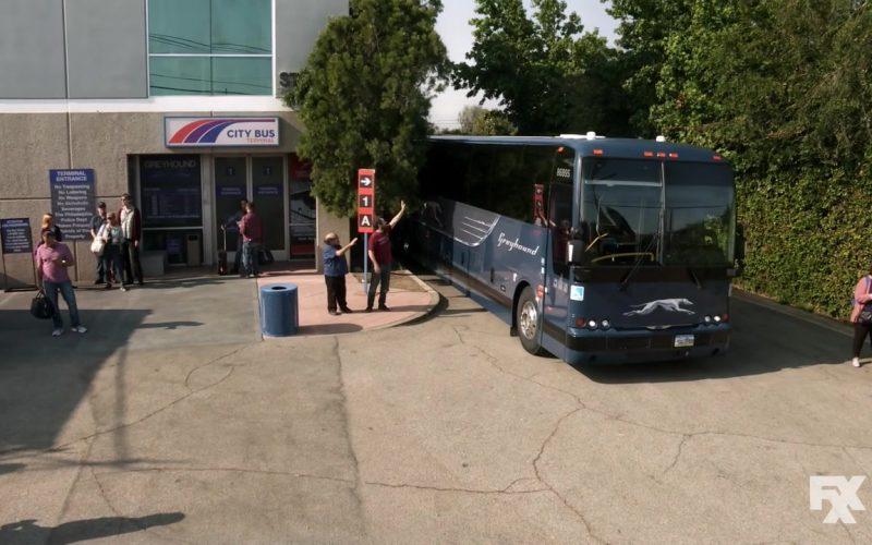 Greyhound Bus in It's Always Sunny in Philadelphia (5)