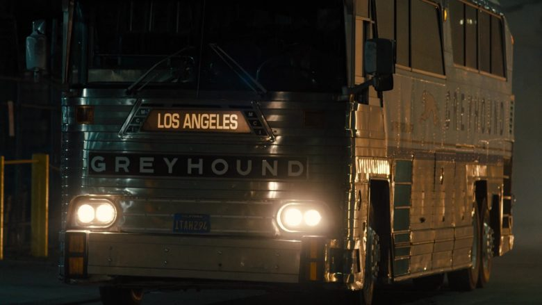 """Greyhound Bus in Snowfall - Season 3, Episode 10, """"Other Lives"""" (2019) - TV Show Product Placement"""