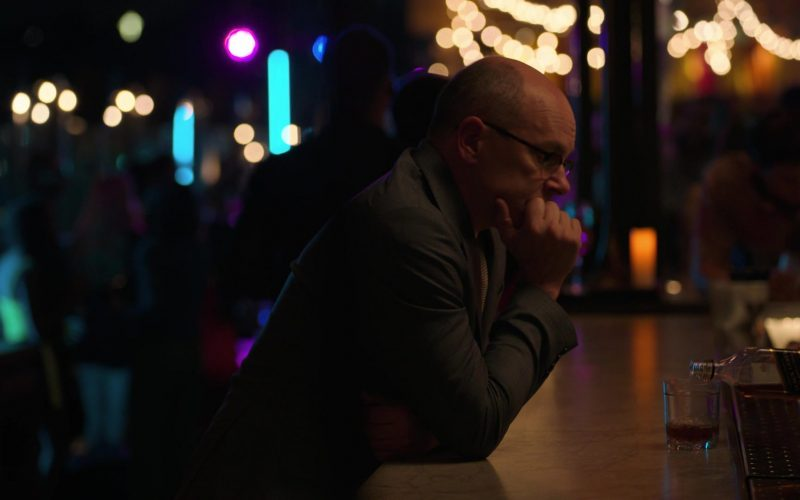Johnnie Walker Black Label Whisky Enjoyed by Rob Corddry as Joe in Ballers (2)