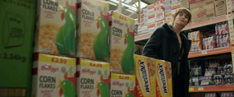 Kellogg's Corn Flakes and Weetabix Breakfast Cereals in Yesterday (2019) - Movie Product Placement