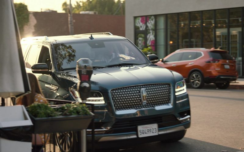 Lincoln Car in Ballers – Season 5 Episode 5 Crumbs (1)