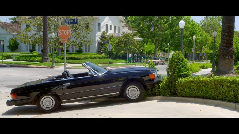 "Mercedes-Benz 450 SL Convertible Black Car Used by Lucy Liu as Simone Grove in Why Women Kill - Season 1 Episode 7 ""I Found Out the Secret..."" (2019) - TV Show Product Placement"
