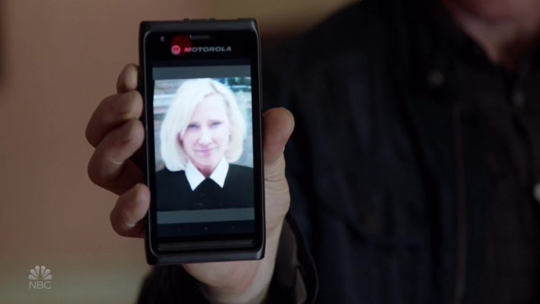 Motorola Smartphone in Chicago P.D.