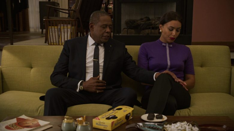 Nabisco Mallomars Pure Chocolate Cookies Enjoyed by Forest Whitaker as Bumpy Johnson & Ilfenesh Hadera as Mayme Johnson in Godfather of Harlem - Season 1 Episode 2 (2019) - TV Show Product Placement