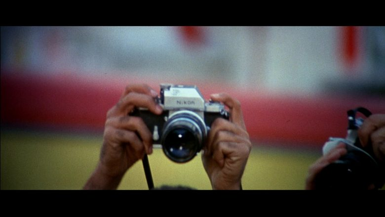 Nikon Camera in Le Mans (1971) - Movie Product Placement