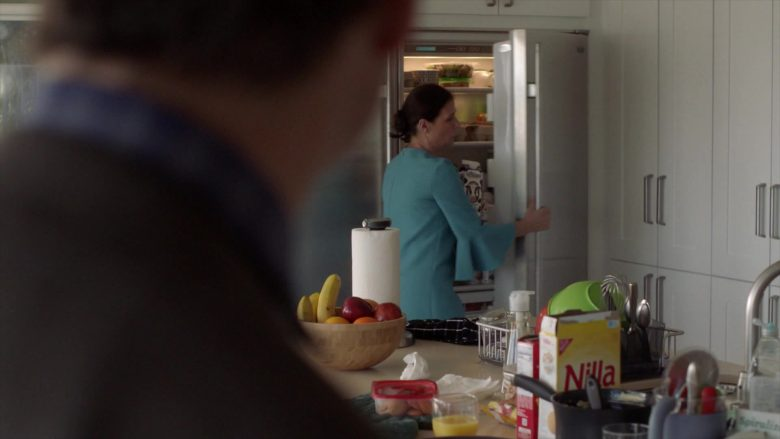Nilla by Nabisco Wafer-Style Cookies in The Affair - Season 5, Episode 4 (2019) - TV Show Product Placement