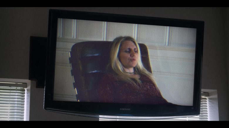 Samsung TV in Unbelievable - Season 1, Episode 5 (2019) - TV Show Product Placement