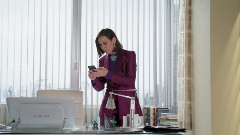 "Sony Vaio All-In-One Desktop Computer Used by Miriam Shor in Younger - Season 6, Episode 12, ""Forever"" (2019) - TV Show Product Placement"