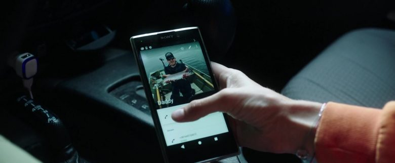 Sony Xperia Smartphone Used by Kaya Scodelario in Crawl (6)