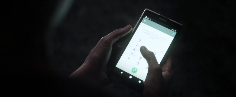 Sony Xperia Smartphone Used by Kaya Scodelario in Crawl (7)