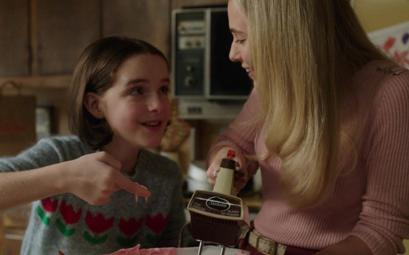 Sunbeam Mixer Used by Madison Iseman & Mckenna Grace in Annabelle Comes Home (1)