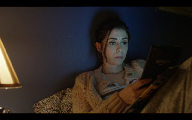 Amazon Tablet Used by Cristin Milioti as Maggie Mitchell in Modern Love Season 1 Episode 1