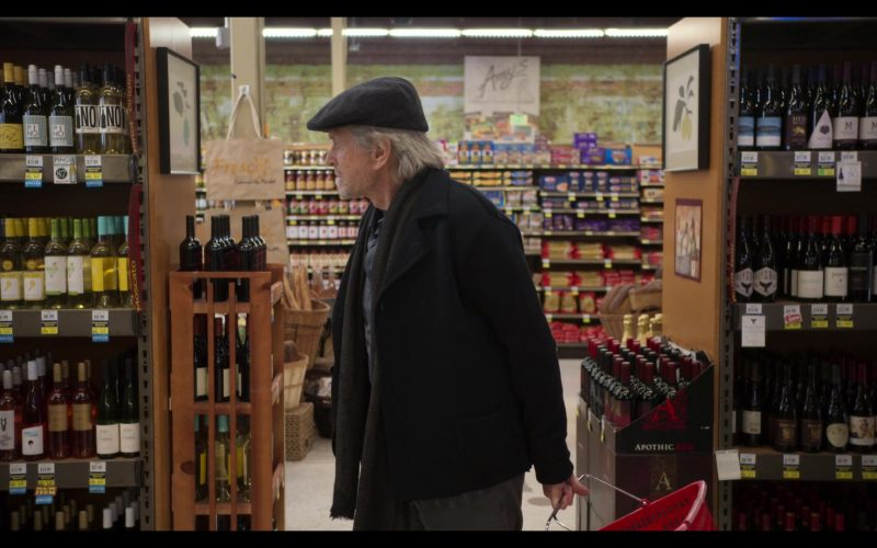 Apothic Wines in The Kominsky Method Season 2 Episode 1 (1)