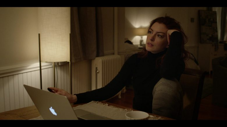 Apple MacBook Laptop Used by Anne Hathaway as Lexi in Modern Love Season 1 Episode 3 (1)