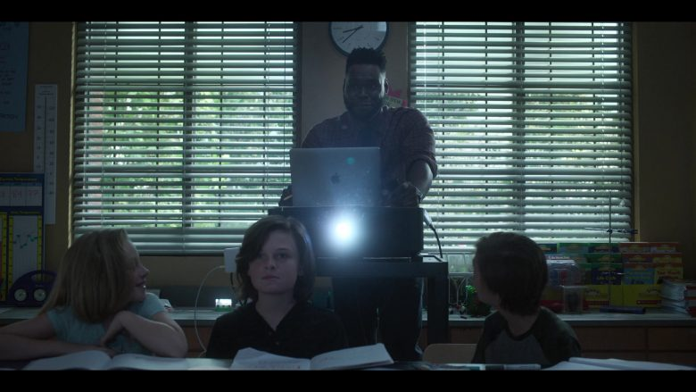 Apple MacBook Laptop Used by Donald Paul as Mr. Anthony Fry in Raising Dion - Season 1, Episode 6, Issue #106: Super Friends (2019) - TV Show Product Placement