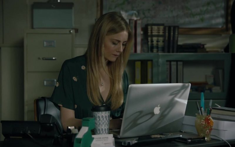 Apple MacBook Laptop Used by Justine Lupe as Holly Gibney in Mr. Mercedes (1)