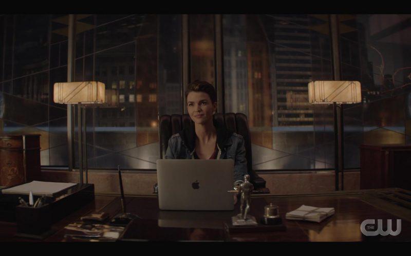 Apple MacBook Laptop Used by Ruby Rose as Kate Kane in Batwoman Season 1 Episode 4