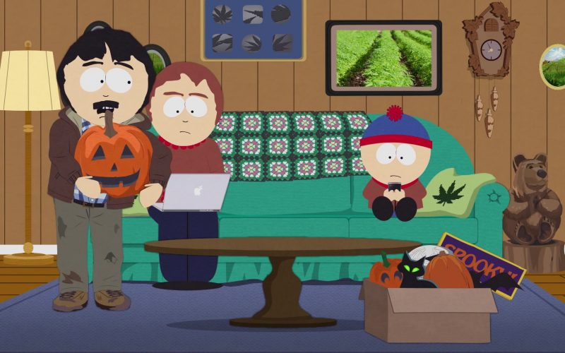 Apple MacBook Laptop Used by Sharon Marsh in South Park Season 23 Episode 56 Tegridy Farms Halloween Special (2019)