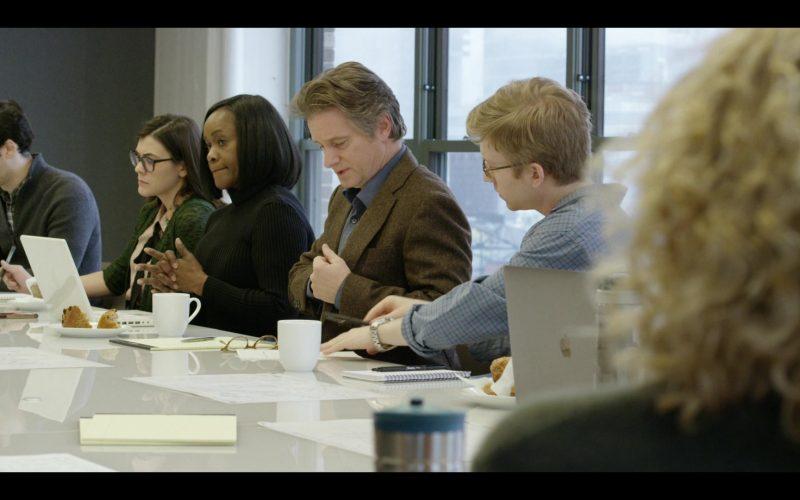 Apple MacBook Laptops in Modern Love Season 1 Episode 6 (3)