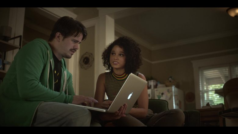 Apple MacBook Pro Laptop Used by Jason Ritter as Pat in Raising Dion (1)