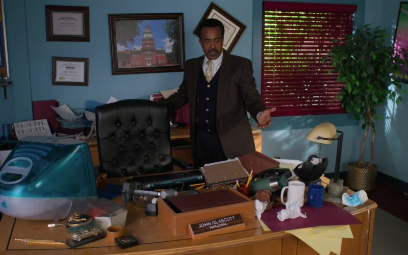 Apple iMac Computer Used by Tim Meadows as Principal John Glascott in Schooled