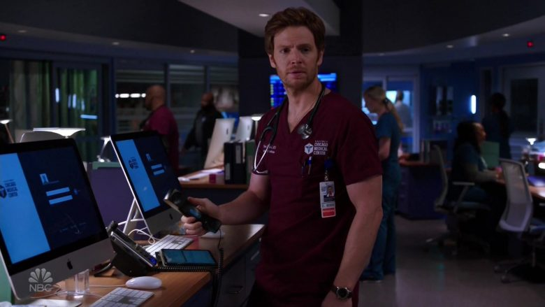 Apple iMac Computers in Chicago Med Season 5 Episode 5 (7)