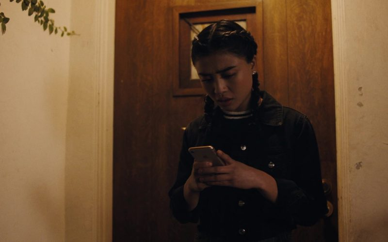 Apple iPhone Smartphone Used by Brianne Tju as Alex Portnoy in Light as a Feather