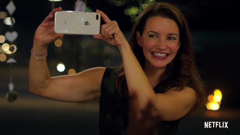 Apple iPhone Smartphone Used by Kristin Davis in Holiday In The Wild (2019)