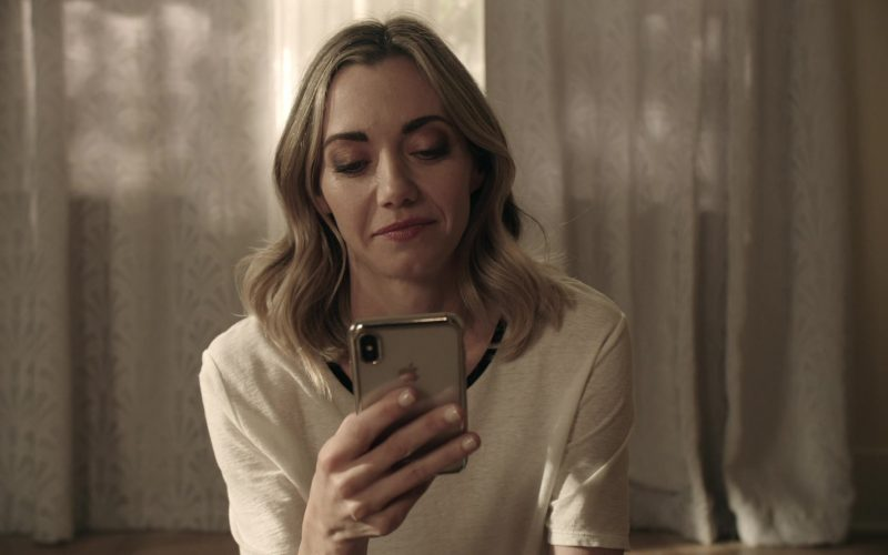 Apple iPhone Smartphone Used by Megan Stevenson as April Quinn in Get Shorty Season 3 Episode 4