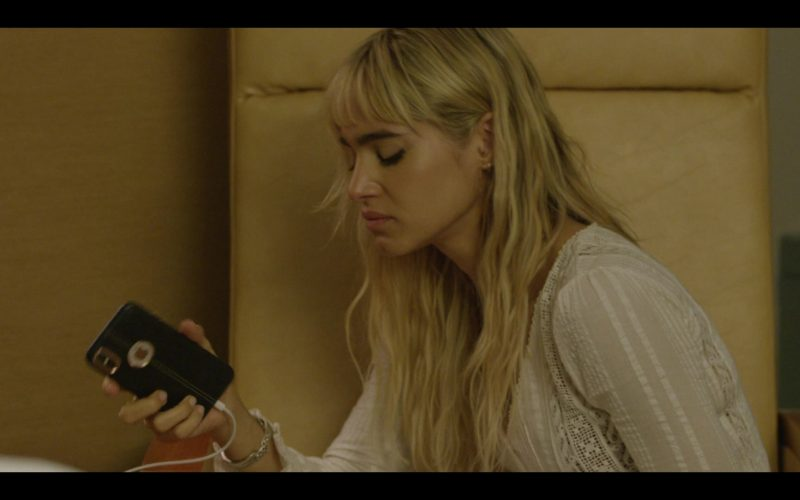 Apple iPhone Smartphone Used by Sofia Boutella as Yasmine in Modern Love Season 1 Episode 5 At the Hospital, an Interlude of Clarity (1)