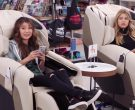 Apple iPhone Smartphones in Superstore Season 5 Episode 4 M...