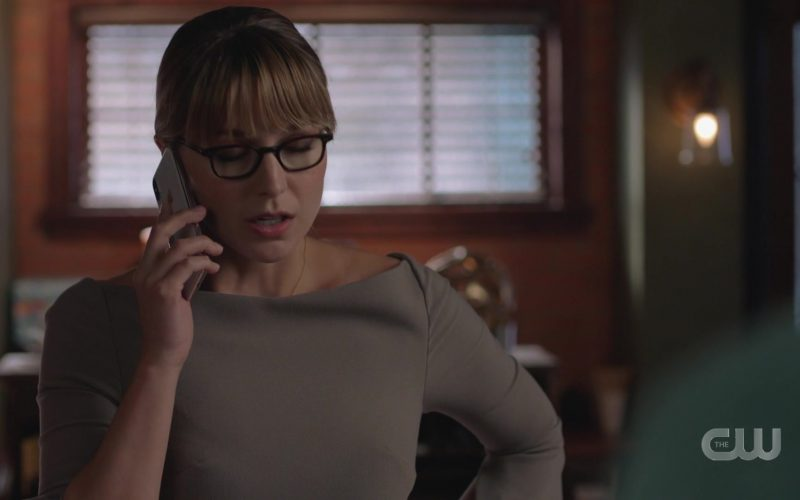 Apple iPhone Used by Samsung Monitor Used by Melissa Benoist as Kara Zor-El in Supergirl