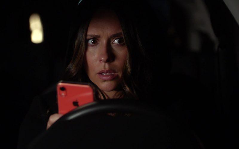 Apple iPhone XR Mobile Phone Used by Jennifer Love Hewitt as Maddie Buckley Kendall