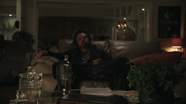 Bushmills Whiskey Enjoyed by Ray Romano as Rick Moreweather in Get Shorty Season 3 Episode 3 (2)