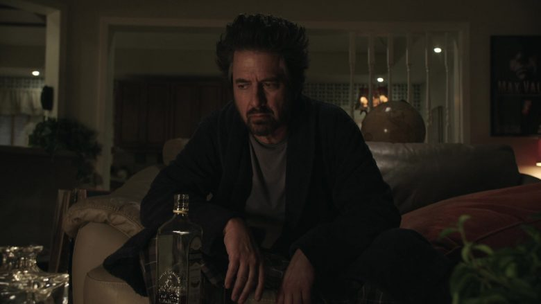 Bushmills Whiskey Enjoyed by Ray Romano as Rick Moreweather in Get Shorty Season 3 Episode 3 (3)