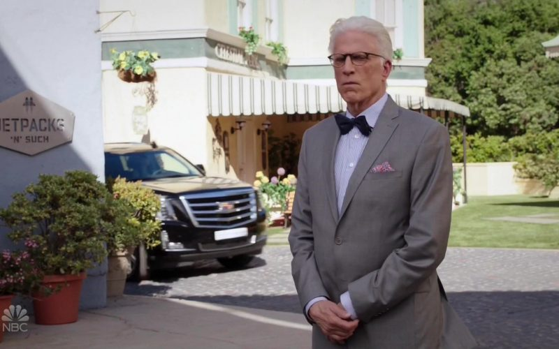 Cadillac Escalade Cars in The Good Place (1)