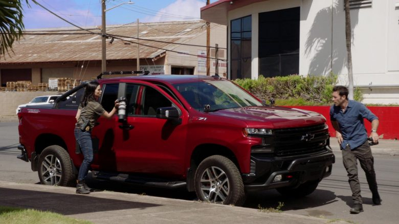 Chevrolet Silverado 1500 LT Z71 Red Car in Hawaii Five-0 Season 10 Episode 3 (2019) - TV Show Product Placement