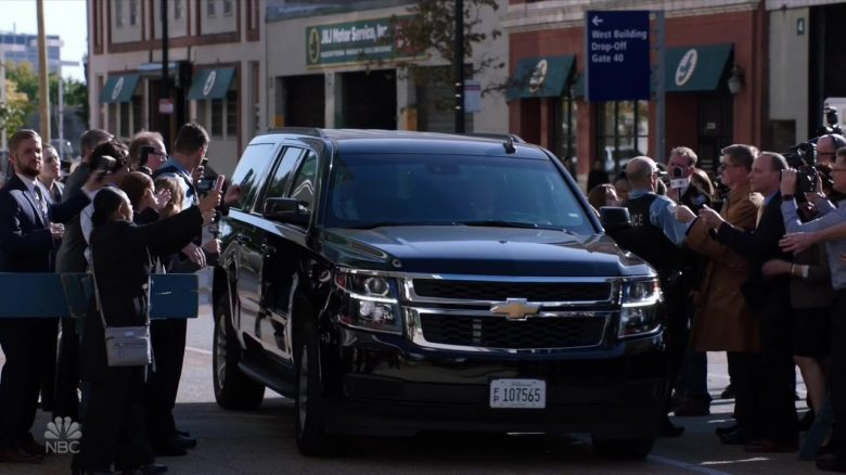 "Chevrolet Suburban Car in Chicago Med Season 5 Episode 4 ""Infection, Part II"" (2019) - TV Show Product Placement"