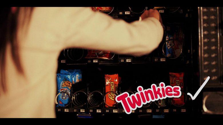 Chips Ahoy!, Reese's, Pop-Tarts, Twinkies in Daybreak Season 1 Episode 6