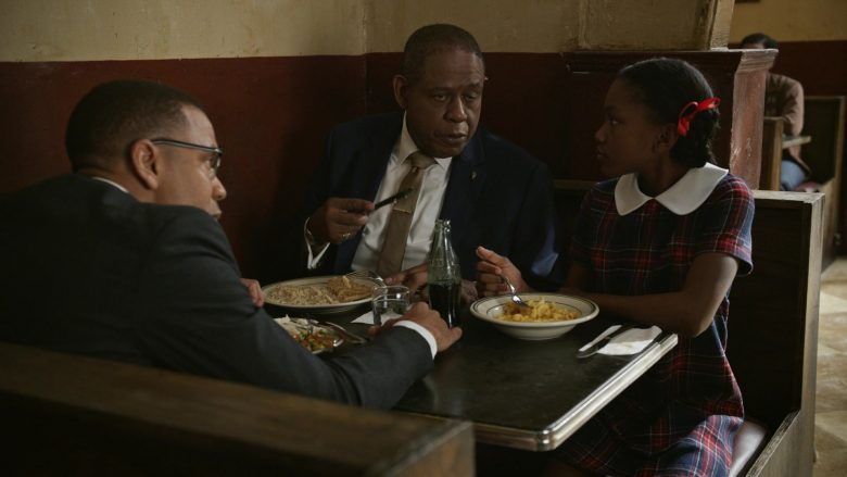 "Coca-Cola Bottle in Godfather of Harlem Season 1 Episode 3 ""Our Day Will Come"" (2019) - TV Show Product Placement"