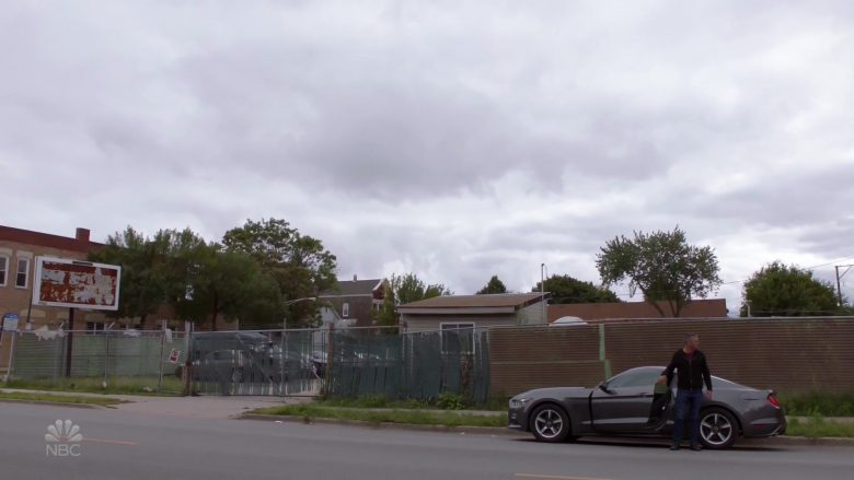 "Ford Mustang Car in Chicago Fire Season 8 Episode 5 ""Buckle Up"" (2019) - TV Show Product Placement"