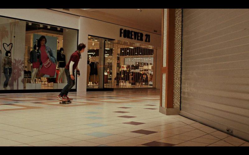 Forever 21 Store in Daybreak Season 1 Episode 5