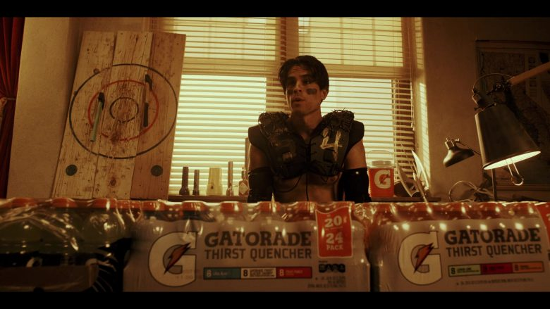 Gatorade Drinks in Daybreak Season 1 Episode 6 (7)