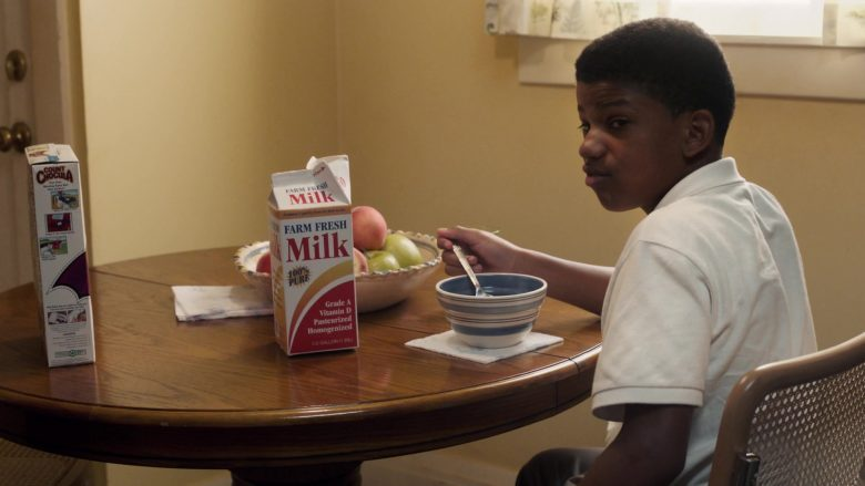 """General Mills Monster Count Chocula Cereal in This Is Us Season 4 Episode 3 """"Unhinged"""" (2019) - TV Show Product Placement"""