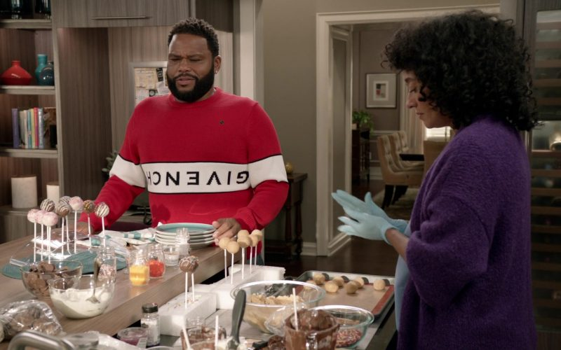 Givenchy Sweatshirt Worn by Anthony Anderson as Dre Johnson in Black-ish Season 6 Episode 5 (5)