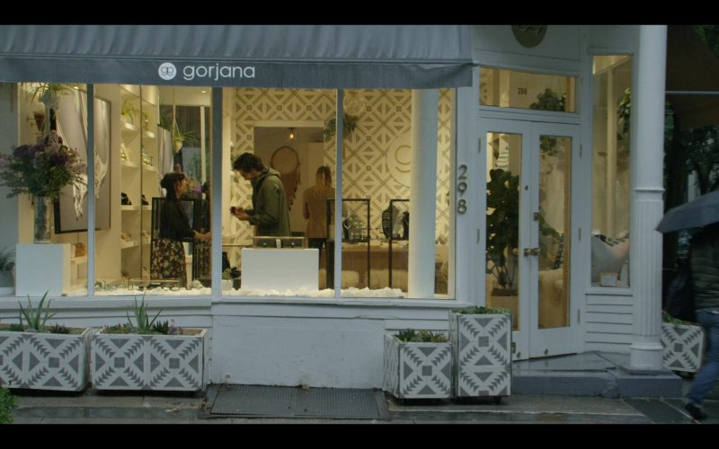 Gorjana Jewellery Store in Modern Love Season 1 Episode 2
