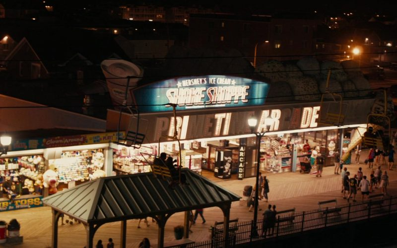 Hershey's Ice Cream Shake Shoppe in Low Tide