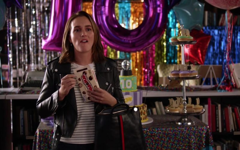 Hershey's Whoppers Malted Milk Balls Enjoyed by Leighton Meester as Angie D'Amato in Single Parents (2)